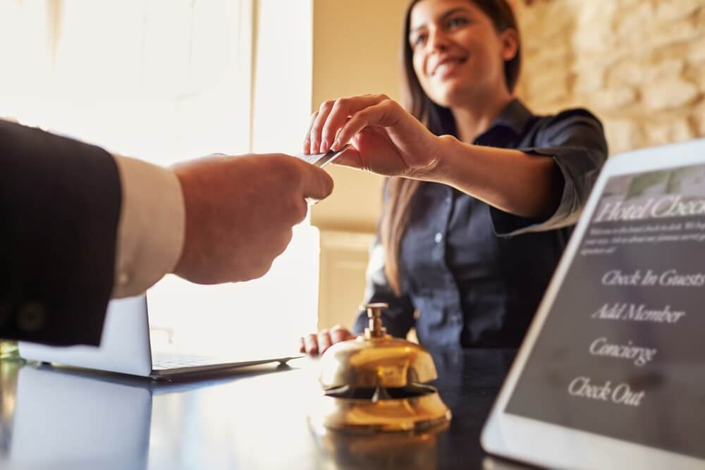 3 Essential Tips to Choose the Right Hotel Booking System